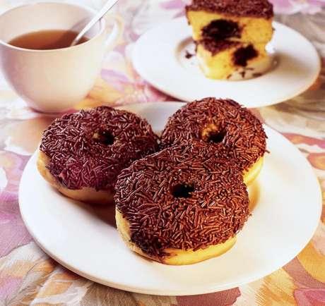 Guia da Cozinha - Donuts: cinco receitas irresistíveis aos olhos e ao paladar