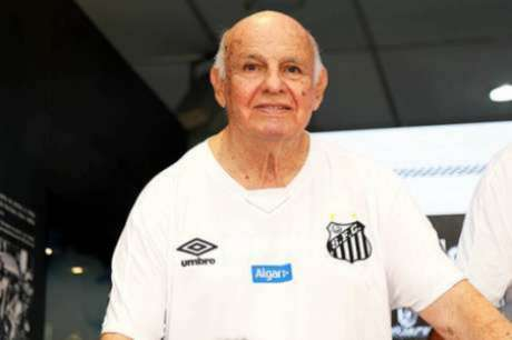 Ídolo do Santos, Pepe recebe alta após superar covid-19