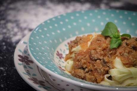 Guia da Cozinha - Massa caseira e fácil para o Dia Mundial do Macarrão