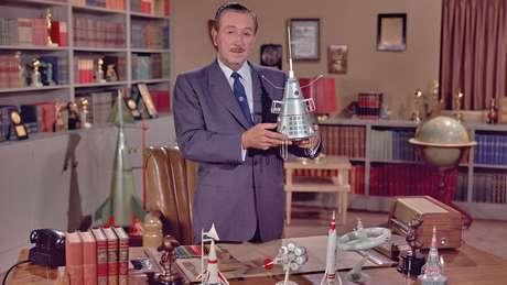 Walt Disney era nerd de espaço bem antes disso ser moda. E era amigo do Von Braun.