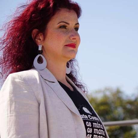 Paola Carvalho, da Rede Brasileira de Renda Básica, precisou acionar o Ministério Público para que dona Tânia recebesse o auxílio.