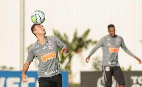 Corinthians realizou treino tático nesta segunda-feira (Foto:Rodrigo Coca / Ag.Corinthians)
