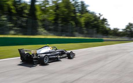 Lorenzo Colombo em ação pela F-Renault Eurocup