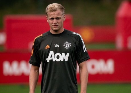 Van de Beek ainda não se firmou na titularidade do United (Foto: Divulgação/Instagram)