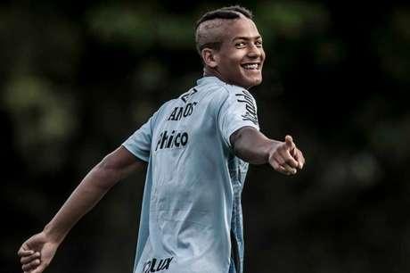 Ângelo atuou pouco mais de 30 minutos contra o Flu (Foto: Ivan Storti/Santos FC)
