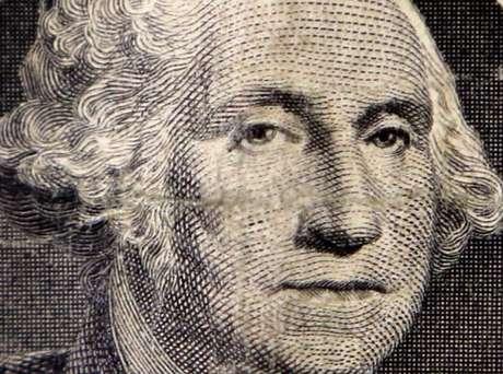 Imagem de George Washington em nota de dólar 15/10/2014 REUTERS/Chris Helgren