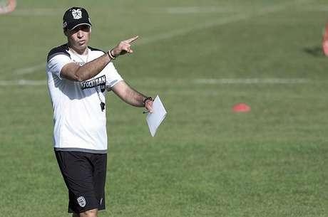 Contrato do português Abel Ferreira com o PAOK vai até 2022 (Foto: Divulgação/PAOK)