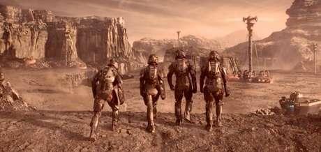 Em Expanse os marcianos são marrentos belicosos paranóicos mas não são uma sociedade totalitária.