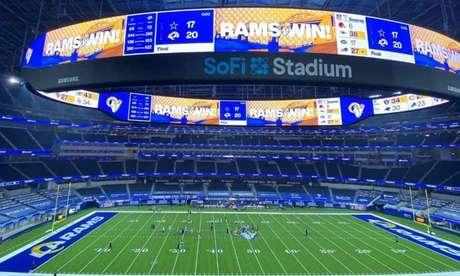 Jogo da NFL entre Los Angeles Rams e Dallas Cowboys, em 13/9, inaugurou oSoFi Stadium (Foto: Divulgação/NFL)