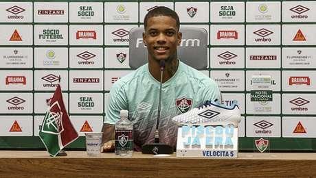 Caio Paulista durante entrevista coletiva no CT Carlos Castilho (Foto: Lucas Merçon/Fluminense FC)