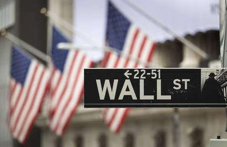 Bandeiras dos EUA em Wall Street, Nova York