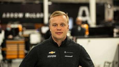 Felix Rosenqvist passa a defender a McLaren na Indy em 2021