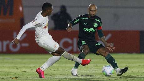 O capitão voltou a atuar como volante pelo Verdão (Foto: Cesar Greco/Palmeiras)