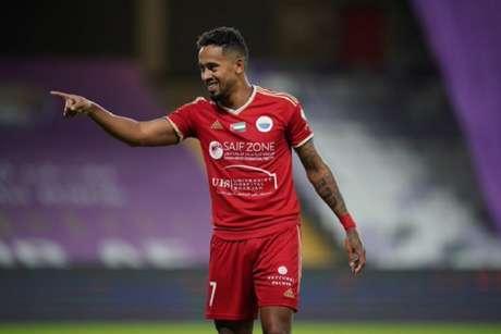 No Sharjah, Caio Lucas marcou pela terceira vez em três jogos contra o ex-clube, o Al Ain (Foto: Divulgação/Sharjah)