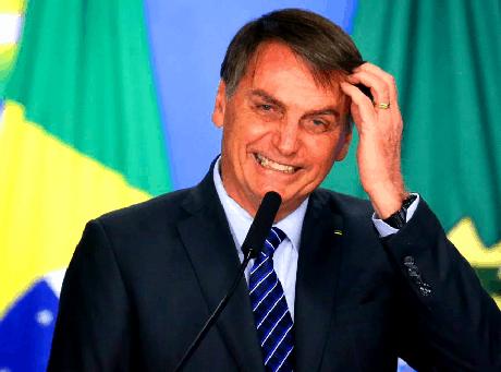 Bolsonaro republica postagem que o chamava de 'Bozo'