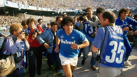 Diego Armando Maradona completa 60 anos