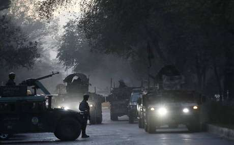 Militares levaram seis horas para controlar terroristas