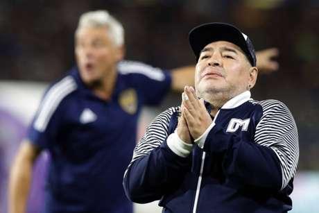 Maradona atualmente é treinador do Gimnasia y Esgrima, de La Plata, na Argentina (Foto: ALEJANDRO PAGNI / AFP)
