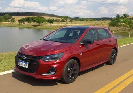 Chevrolet Onix: de volta ao 1º lugar, com mais de 12 mil vendas em outubro.