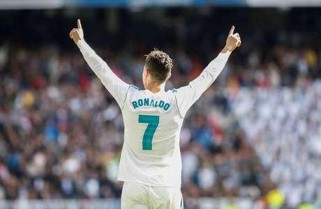 Cristiano Ronaldo foi o último grande jogador a se destacar com a 7 do Real (Foto: Divulgação)