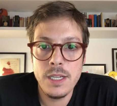 O ator e roteirista Fabio Porchat recebe prêmioda Associação Brasileira de Autores Roteiristas pelo filme 'A Primeira Tentação de Cristo', da Netflix