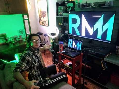 Romulo Mathias, de 34 anos, trabalhava háum ano como programador e foi demitido em março, por causa da pandemia