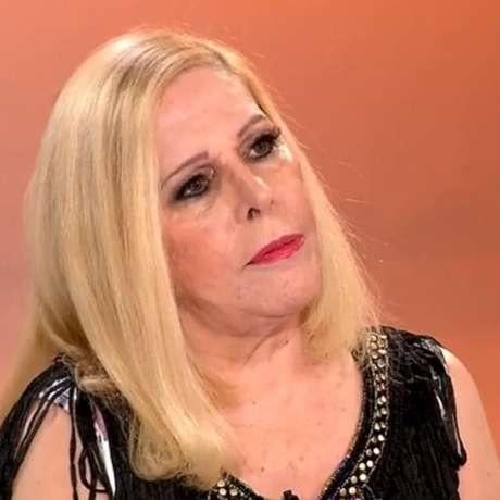 Vanusa em uma das últimas aparições na TV, em entrevista a Gugu Liberato na RecordTV, quatro anos atrás