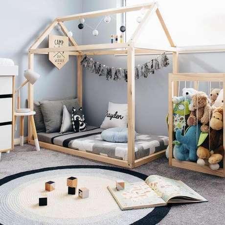 33. Cama infantil criativa em formato de casinha – Via: Pinterest