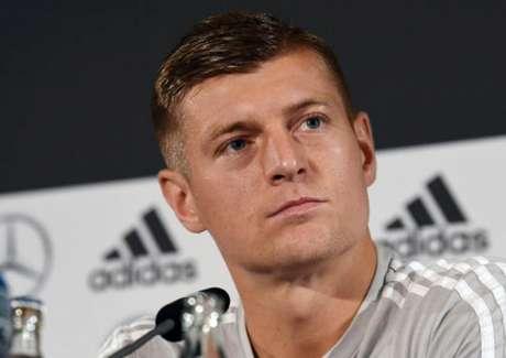 Toni Kroos foi duro com a Fifa e a Uefa em podcast (Christof Stache / AFP)