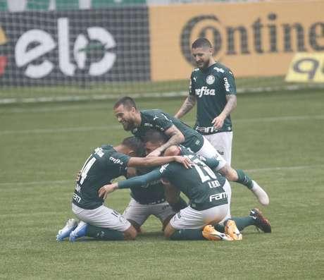 Palmeiras abre boa vantagem em busca da semifinal
