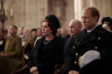 Olivia Colman e Tobias Menzies em cena de 'The Crown'