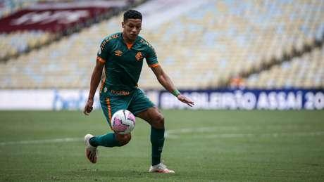 Fernando Pacheco desfalcará o Fluminense contra o Palmeiras (Foto: Lucas Merçon/Fluminense FC)