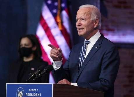 Democrata venceu as eleições por 306 delegados, contra 232 de Trump