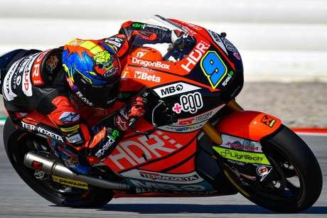 Jorge Navarro comandou o dia da Moto2 em Valência