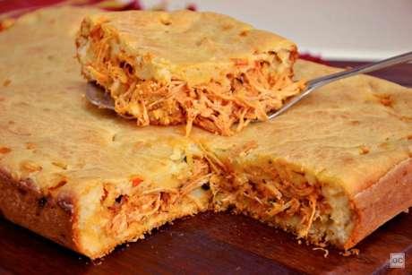 Guia da Cozinha - Torta de frango de liquidificador: ideal para refeições práticas