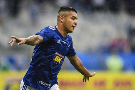 Pedro deixa o Cruzeiro rumo ao Verdão (Foto: Reprodução/Twitter Mineirão)