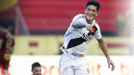 Cano marcou os dois gols da vitória do Vasco - Divulgação Twitter/Vasco