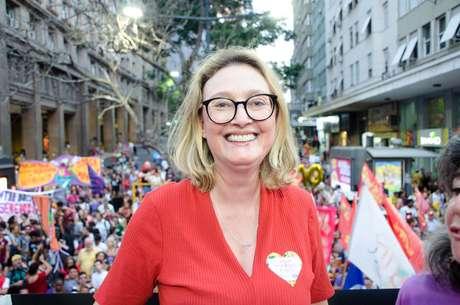 Maria do Rosario durante protesto unificado pela vida das mulheres, contra as violências e em homenagem ao Dia Internacional da Mulher, comemorado no dia 08, em Porto Alegre (RS), nesta segunda-feira (09)