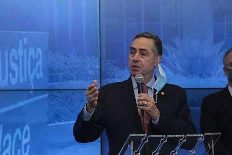 TSE: Barroso diz que Justiça avalia antecipar 2º turno em Macapá para 20/12