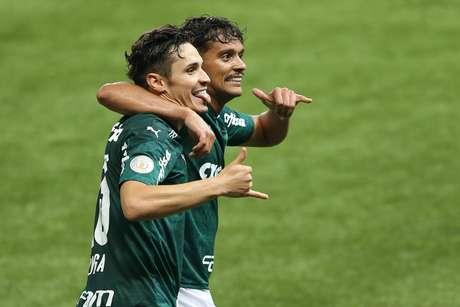 O jogador Rafael Veiga comemora gol do Palmeiras durante partida ente Palmeiras e Fluminense, válido pelo Campeonato Brasileiro Série A, realizado na cidade de São Paulo, SP, neste sábado, 14.