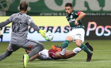 Com os 2 x 0 sobre o Fluminense, o Palmeiras conquistou a oitava vitória seguida