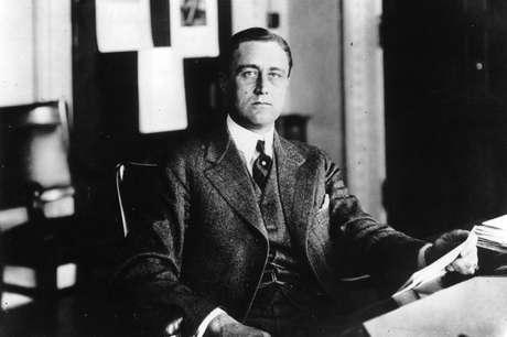 Durante o governo Franklin Delano Roosevelt o período de transição foi reduzido
