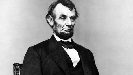 Abraham Lincoln enfrentou 'uma das piores transições' da história americana