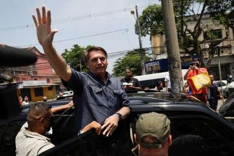 Bolsonaro viu muitos de seus candidatos derrotados no domingo