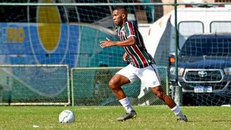 Higor em campo pelo time sub-23 do Fluminense (Foto: Divulgação/Fluminense)