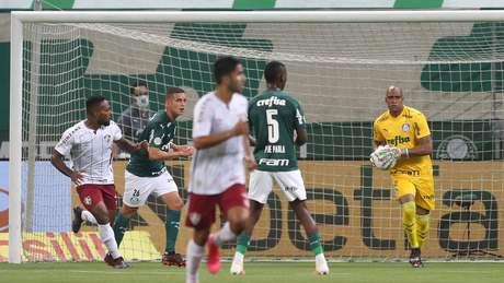 Jailson, goleiro do Palmeiras, testou positivo para o novo coronavírus