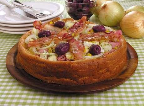 Guia da Cozinha - Receitas de pizza de liquidificador para fazer em casa
