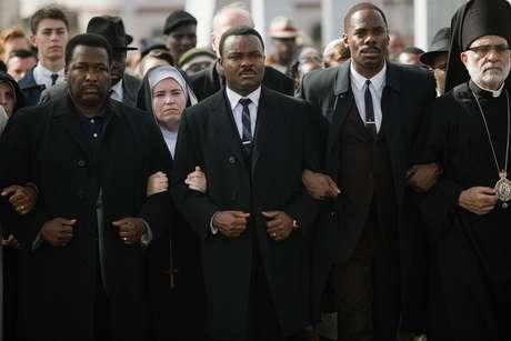 Cena do filme 'Selma: A Marcha da Liberdade', que retrata um movimento liderado pelo ativista Martin Luther King
