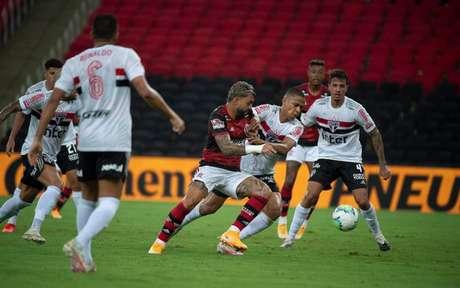 Gabigol em ação na partida de ida (Foto: Alexandre Vidal / Flamengo)