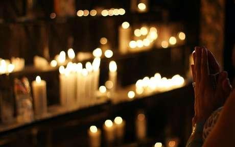 Peça proteção divina para te ajudar nos momentos difíceis -